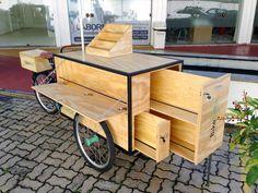 ✔ Projetos personalizados – Bicicletas e triciclos, sob medida. Food Cart Design, Food Truck Design, Cafe Design, Store Design, Mobile Cafe, Mobile Shop, Coffee Carts, Coffee Truck, Mobile Food Cart