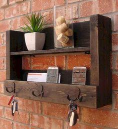 15 most creative diy key holder ideas decorations - Design - Mobel Wooden Projects, Wooden Crafts, Wooden Diy, Furniture Projects, Furniture Stores, Diy Furniture, Wooden Key Holder, Wall Key Holder, Diy Key Holder