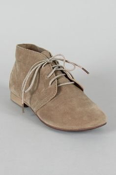 New Breckelle's Taupe Tan Brown Classic Lace up Desert Ankle Boots suede oxford bootie shoes