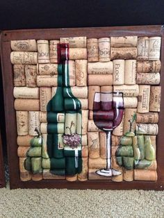 Wine bottle glass painting on cork with pears por WineALotMore