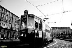 """"""" Tranvai """" .... tram"""