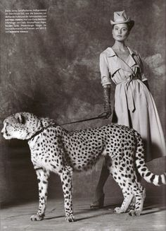 Hollister Hovey: Safari Chic: Vogue Deutsch's Africa Appeal by Koto Bolofo Safari Chic, Pop Art, Mode Vintage, Big Cats, Vintage Photos, Art Photography, Africa, Vogue, Poses