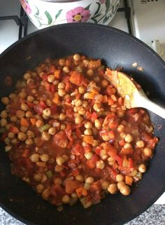 A quick and easy to make vegetarian chilli, perfect with some green veg.