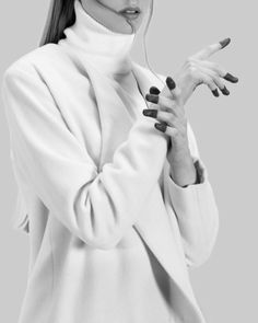 White Wool Coat - understated style, minimalist fashion // Ph. Jesus Leonardo for Sicky