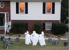 I love creepy ghost circle decorations. So simple yet creepy