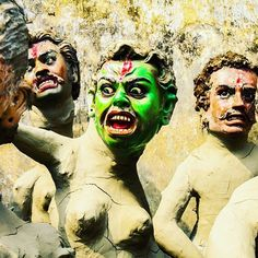 Internationally renowned photographer Kounteya Sinha @ksinha78 is on a new mission to save Kolkatas iconic heritage places of Kumartuli and Kalighat areas. He has announced his new project  K2  that aims to attract the youth to their century-old idol making profession in the worlds largest idol making hub in Kolkata.  Read this blog on www.black-board.in