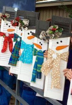 Snowman Shutter   20 + Last Minute DIY Christmas Hacks, Tips and Tricks