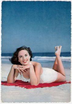 maillots de bain des annees 40 et 50 34   Maillots de bain des années 40 et 50   vintage pin up photo maillot de bain image années 50 années 40