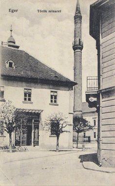 Eger, Minaret és az irgalmasrendi gyógyszertár bejárata 1915 Hungary