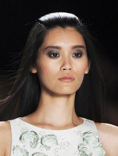 Brownish BlackSmokey eye MakeupTrend for Spring Summer 2013.  Carolina Herrera Spring Summer 2013. #smokey #makeup  #trends