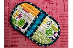 Video tutorial: Squeezy potholder | Sewing | CraftGossip | Bloglovin'
