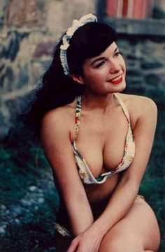 i'm a fan of the trailblazers.. originators.. so introducing the queen of pin-up models..BETTIE PAGE