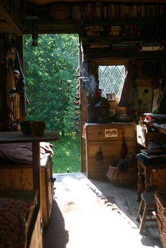 gypsy+caravn+interior