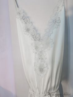 A sweet silk and lace bridal piece by Salua.