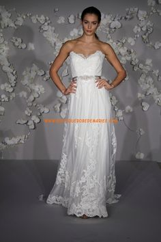 Robe de mariée dentelle avec ceinture col coeur