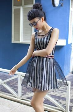 Charming Gauze Stripe Sleeveless Two-piece Dress Black
