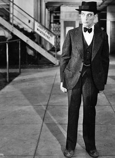 kittypackards:  Buster Keaton in Free and Easy (1930)