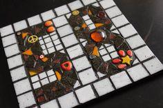 Media Tweets by HarperBizarreArt (@Harper_Bizarre) | Twitter Sarah Harper, Bizarre Art, Cube, Mosaic, Ceramics, Twitter, Artist, Painting, Ceramica