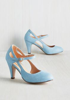 These are super cute! and I think I would Actually be able to walk in them