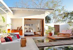 cozy cool seatings layout modern courtyard garden idea
