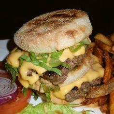 Big Crack Burger - http://biteeatswallow.com/2014/01/13/the-white-house-cheeseburger-subs-words-best-submarine-sandwich/