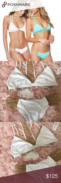 Beach bunny swimwear New with tags Top L  Bottom M Beach Bunny Swim Bikinis