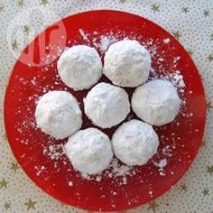 Russian Tea Cakes III - aka mexican wedding cookies (made these and they're perfect) Big Cookie, Cookie Swap, Cookie Pops, Keks Dessert, Dessert Bread, Cookie Recipes, Dessert Recipes, Bread Recipes, Russian Tea Cake