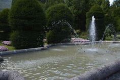 bassin et jets d'eau