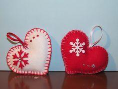 ♥preziose raffinatezze♥: Cuori e stelle in feltro da appendere all'albero di Natale