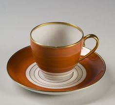 Coffee cupt by Nora Gulbrandsen for Porsgrund Porselen. Orange Tea, Antique Tea Cups, Nordic Design, Modern Classic, Cup And Saucer, Norway, Tea Time, Coffee Cups, Scandinavian
