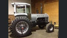 White Tractor, Vintage Tractors, Antique Tractors