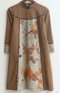 Simple Kurta Designs, Stylish Dress Designs, Stylish Dresses, Stylish Outfits, Blouse Batik, Batik Dress, Modest Fashion Hijab, Fashion Outfits, Dress Batik Kombinasi