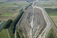 classification yard Kijfhoek Zwijndrecht the Netherlands [40642704]