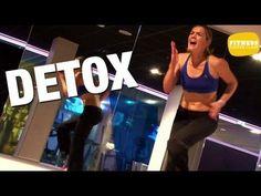 Transpirer et dépenser un maximum d'énergie, c'est l'objectif de cet entraînement Detox. A travers un renforcement musculaire très cardio, Lucile vous aide à éliminer les toxines et brûler un maximum de calories.