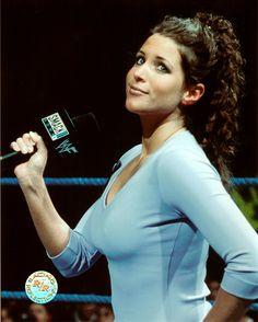 Fascinating Articles and Cool Stuff: Stephanie Mcmahon Hot Wallpapers Stephanie Mcmahon Hot, Mcmahon Family, Wwe Female Wrestlers, Wwe Girls, Fans, Cute Cartoon Girl, Ann Margret, Wrestling Divas, Wwe Womens