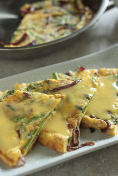 Frittata with ham and asparagus | Recipe | Asparagus and Hams
