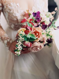 Colorful wedding bouquet | Photography: Charlotte Jenks Lewis - http://www.charlottejenkslewis.com/