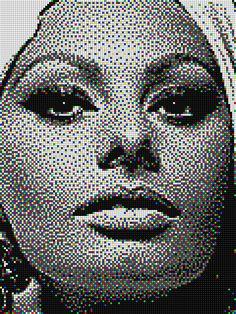 Sophia Loren - Pixel Art Quercetti