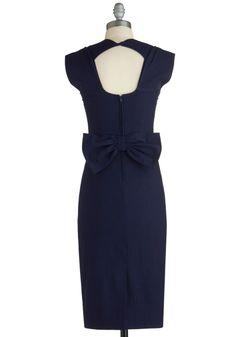 I adore this dress ... especially the pretty back!