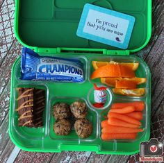 A healthy @Yumbox Lunch Lunch from mamabelly.com #lunchbox_notes #lunchnotes #lunch