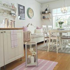 @mahlinsgodbitar #decoreasuacasa #decoramundo #maisinteriores #assimeugosto #maquiagembrasill  #querojadecorar #architecture #arquitetuta #decor #decoração #decoraçãodeinteriores #decorate #decorating #decoration #design #designdeinteriores #interiores  #interiordesign #instadesign #instahome #home #homedecor #homedesign #house #interior123 #interior4you1 #inspire_me_home_decor #interior9508 #tabledecor #mesaposta by decoreasuacasa http://discoverdmci.com