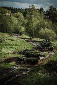 "lockheed-martini: ""Swedish STRV (modified Leopard on exercise. Swedish Armed Forces, Tank Wallpaper, Tank Warfare, Military Drawings, Model Tanks, Armored Fighting Vehicle, War Photography, Battle Tank, Tank Design"