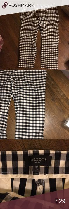 "Talbots black and white pants Talbots black and white pants. Two pockets in back. In great condition. 27"" inseam. Talbots Pants"