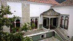 Sintra Portugal Mouro azulejos alpendre janelas