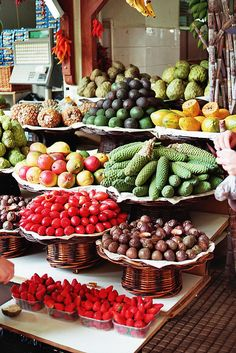 Mercado do Funchal, Madeira, Portugal Funchal, Portuguese Recipes, Portuguese Food, Exotic Fruit, Tropical Fruits, Fruit Stands, Fruits And Vegetables, Farmers Market, Fresh Fruit