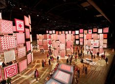 Photo Gallery : Infinite Variety: Three Centuries of Red and White Quilts : Park Avenue Armory