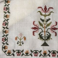 Cross Stitch Borders, Cross Stitch Samplers, Cross Stitch Designs, Cross Stitch Patterns, Palestinian Embroidery, Weaving Patterns, Bargello, Vintage Embroidery, Screen Printing