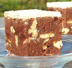 Apetisantul Desert rapid cu cacao este un preparat dulce usor de facut, foarte gustos. Food Cakes, Tiramisu, Cake Recipes, Diy And Crafts, Food And Drink, Sweets, Ethnic Recipes, Desserts, Kitchen
