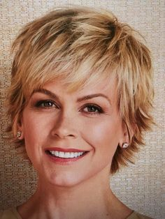 Kurzhaarfrisuren Damen Bei Frauen Ab 60 Mode Short Hair Styles