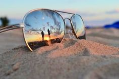 Sunglasses reflection